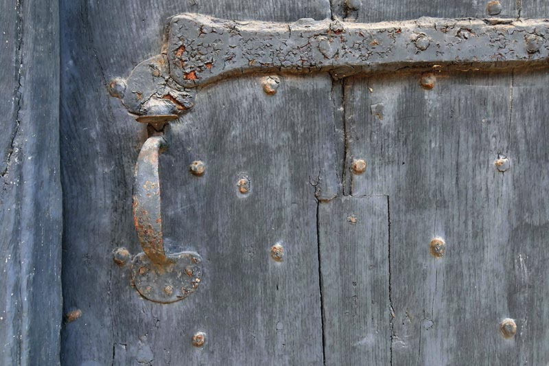 S21- Cotswold Door.jpg