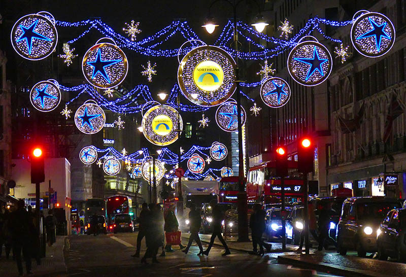 S52-x- Christmas Lights The Strand London 2019.jpg